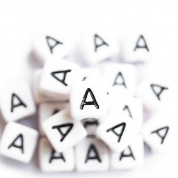 ca. 50 Kunststoffbuchstabenwürfel 10 mm A