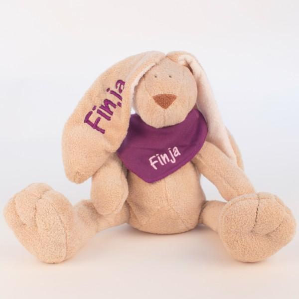 Hase und Halstuch mit Wunschname (Modell Finja)