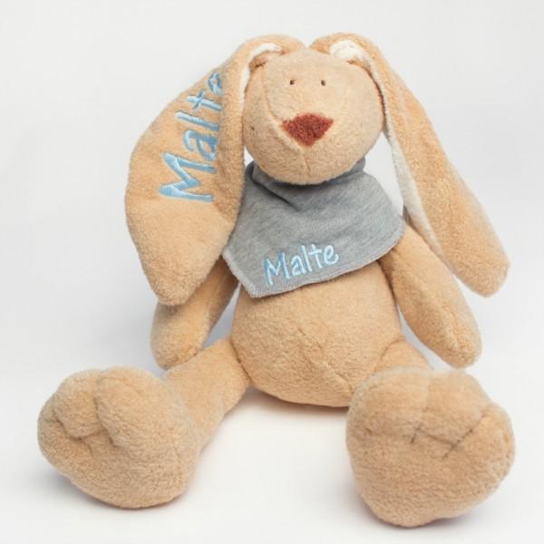 Hase und Halstuch mit Wunschname babyblau/grau (Modell Malte)