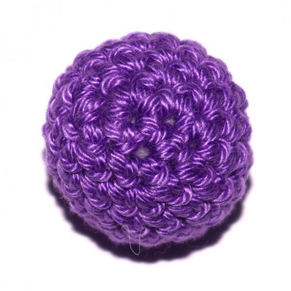 Häkelkugel mit Wattefüllung lila