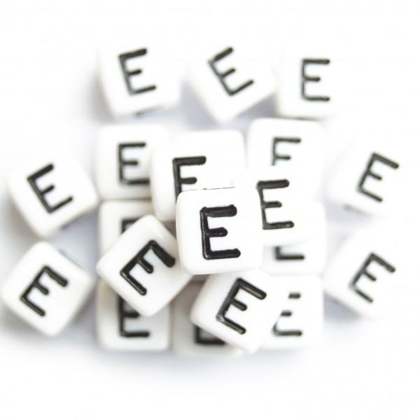 ca. 550 Kunststoffbuchstabenwürfel 10 mm E