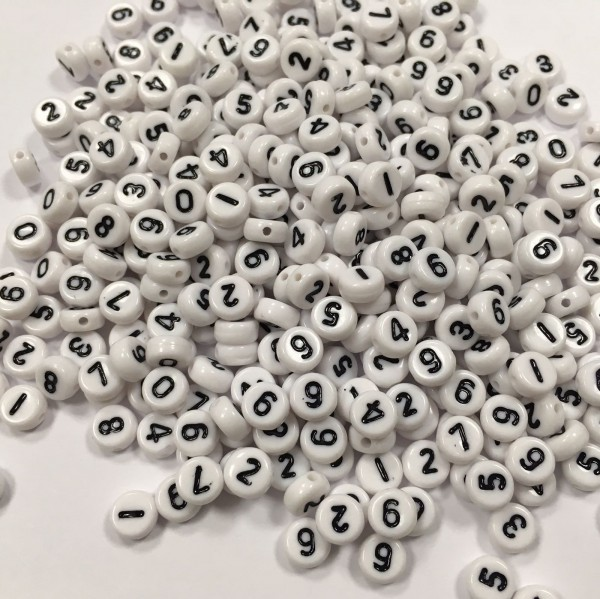 weisse Zahlenperlen 7 mm (ca. 380 Stück)