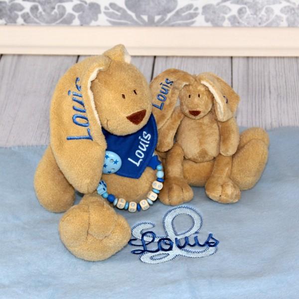 Exklusivset+: Hase, Halstuch, Schnullerkette, Minihase und Decke mit Wunschname (Modell Louis)