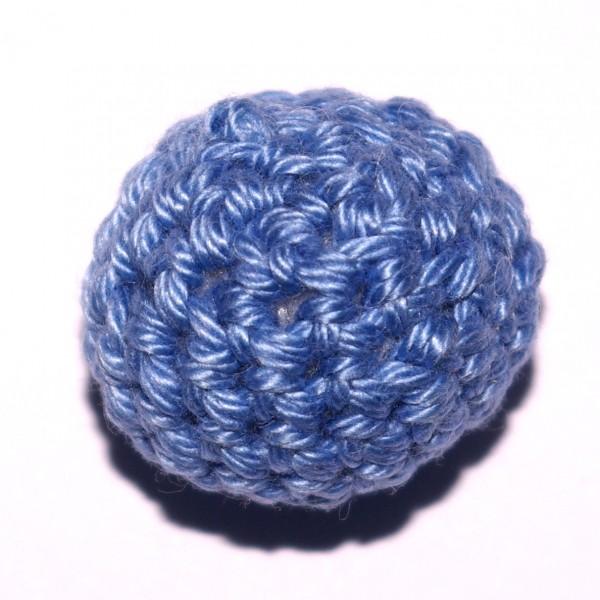 Häkelkugel mit Wattefüllung hellblau